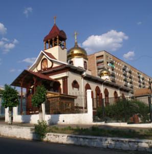 Новый вид Свято-Воскресенского храма